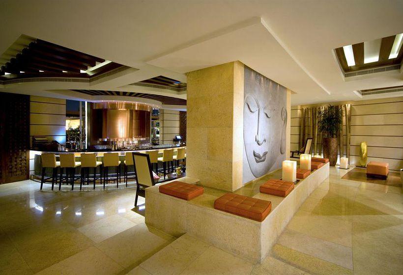 Cafeteria Hotel Raffles Dubai