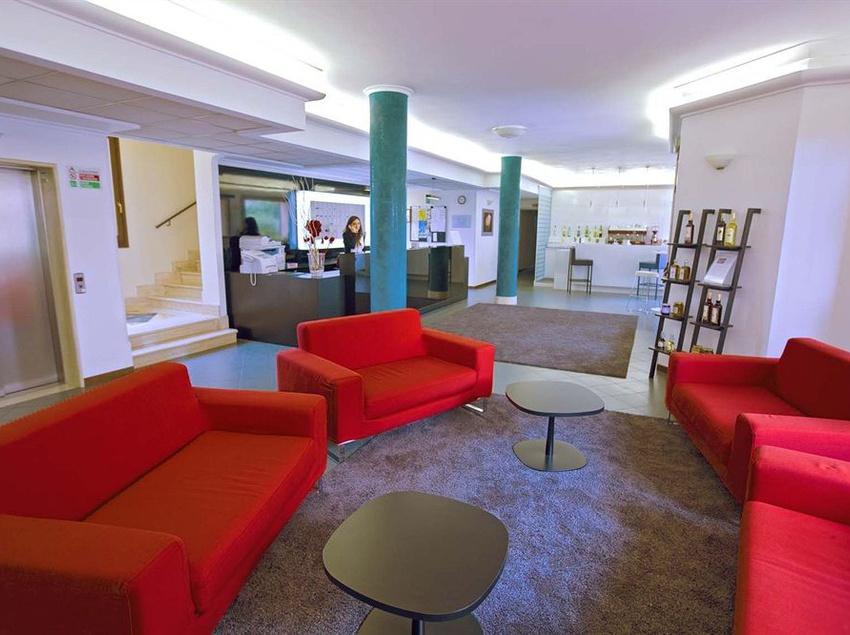 Front desk Alba Hotel Torre Maura Rome