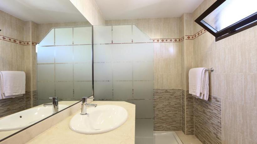 Bathroom Apartamentos Jade S'Arenal