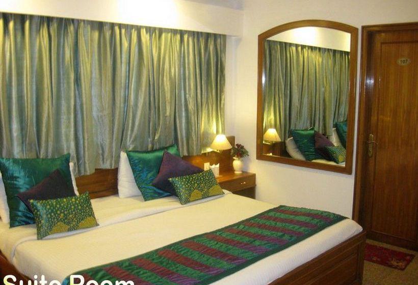 Swati Hotel Deluxe New Delhi