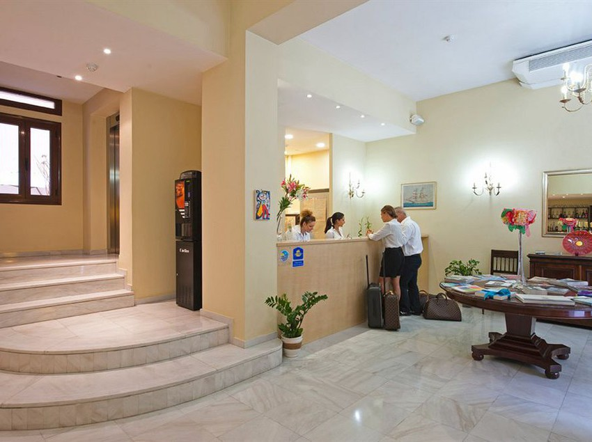 Reception Best Western Efplias Hotel Piraeus