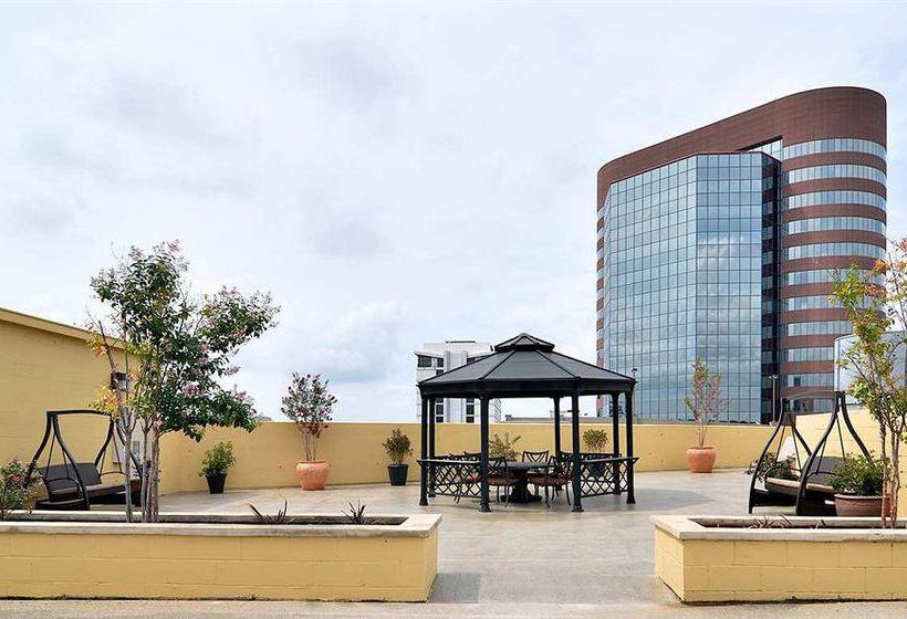 hotel embassy suites nashville at vanderbilt a nashville a. Black Bedroom Furniture Sets. Home Design Ideas