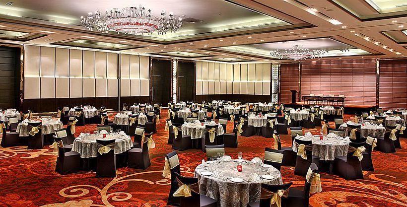 Hotel Crowne Plaza New Delhi Rohini