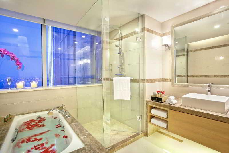 Regal Plaza Hotel & Residence Shanghai