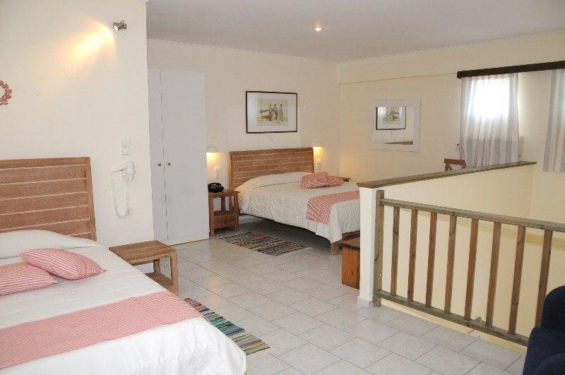Отель в остров Эретрия цены