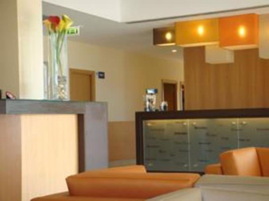 Park Hotel Porto Aeroporto Maia