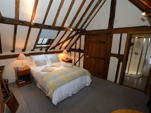 Bed and Breakfast The Falcon Inn – Buckinghamshire Bed&Breakfast Inn Haddenham