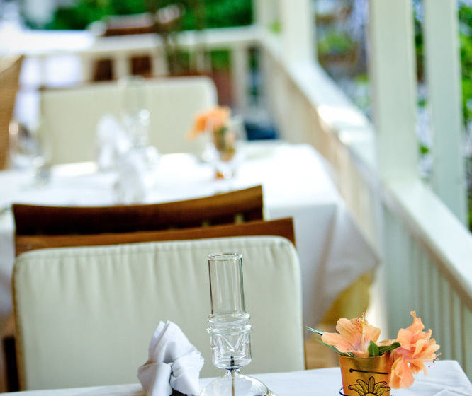 Grace bay dining options