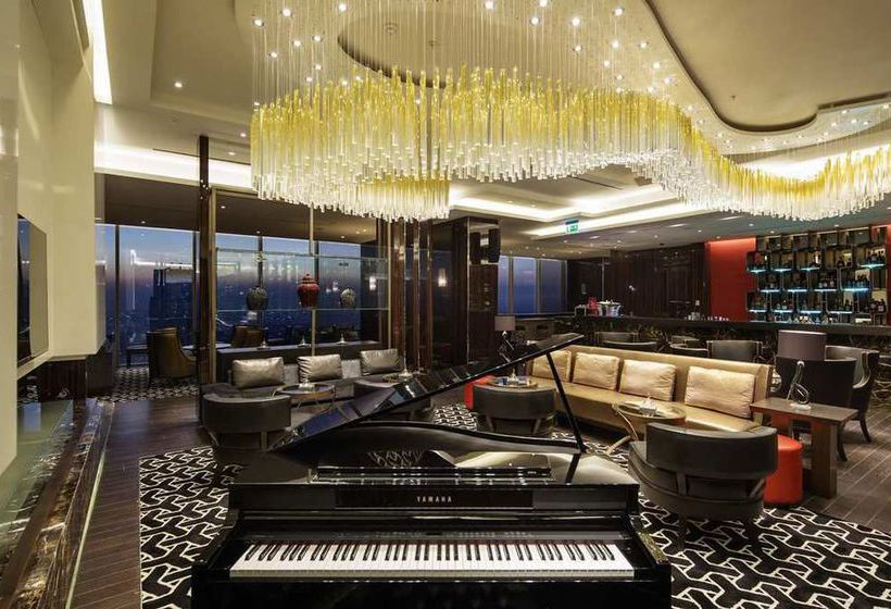 Cafeteria Hilton Istanbul Bomonti Hotel & Conference Center