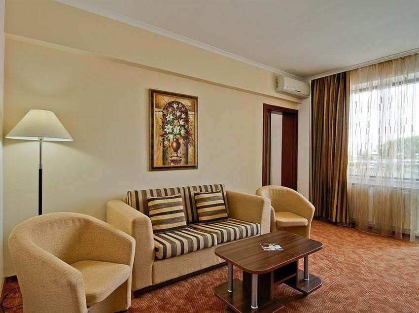 Hotel Saturn Constanta