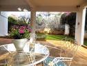 Glyfada Spacious Apartment/garden