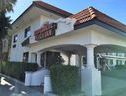 Hawthorne Plaza Inn