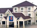 Chadron Inn & Suites