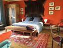 Bed In Versailles  Villa De La Pièce D Eau Des Suisses