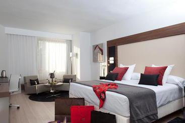 Courtyard by Marriott Madrid Princesa - Madrid