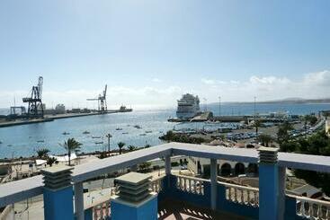 Tamasite - Puerto del Rosario