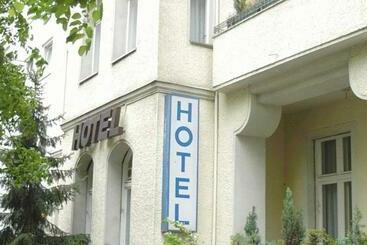 Amc   Schöneberg -                             Berlin