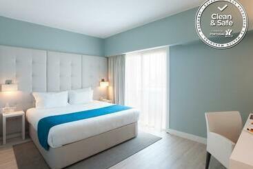 Lutecia Smart Design Hotel - Lisbon
