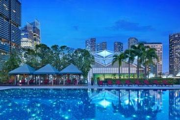 Parkroyal Collection Marina Bay Sgclean And Staycation Approved - Singapore