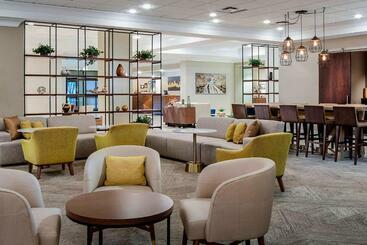 Sheraton Suites Market Center Dallas - Dallas