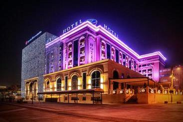 Swiss Diamond Hotel Prishtina - Pristina