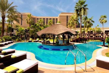 Le Méridien Dubai  & Conference Centre - Dubái