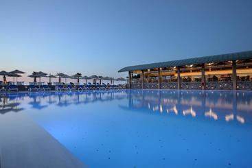Arina Beach Resort - Kokkini Hani