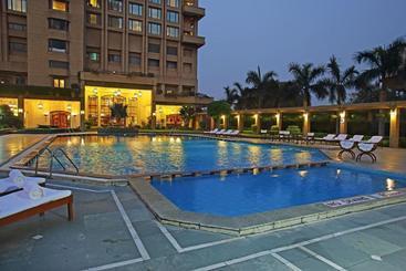 Eros Hotel New Delhi, Nehru Place - Нью-Дели