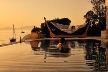 Belvedere Mykonos  Waterfront Villa & Suites - Mykonos