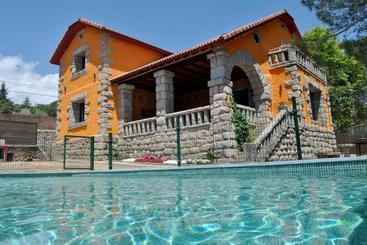 Casa Rural Mansion Adela Con Piscina Y Jacuzzi - Collado Mediano