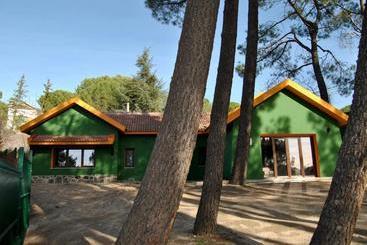 Casa Rural Villa Angeles Con Piscina Y Jacuzzi - Collado Mediano