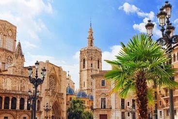 Valencia Palace -