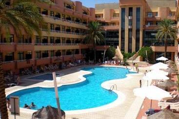 Piscina Advise Hotels Reina Vera