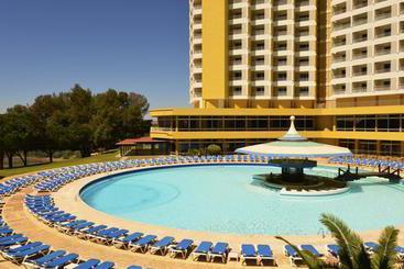 Swimming pool Hotel Pestana Delfim Beach & Golf Portimao