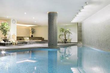 Mövenpick Hotel Istanbul - Istanbul