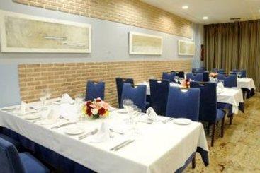 Hotel siete islas en madrid desde 36 destinia - Siete islas hotel ...
