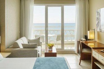Room Hotel Ilunion Fuengirola