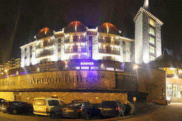 Fun Aragon Hills Hotel & Spa - Formigal