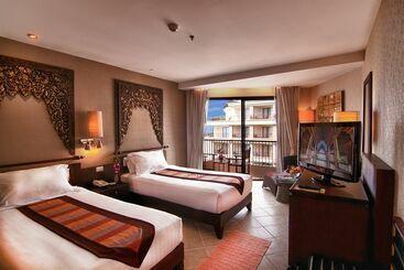 Garden Cliff Resort And Spa - Pattaya