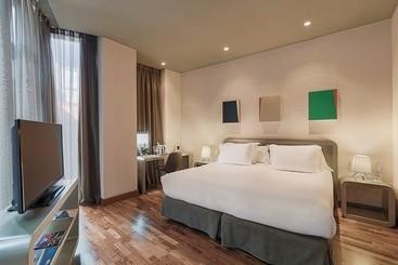 Room Hotel H10 Casanova Barcelona