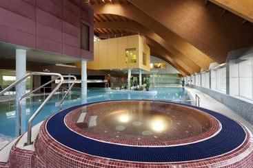 Hotel tra a en san pedro del pinatar destinia for Thalasia precio piscina