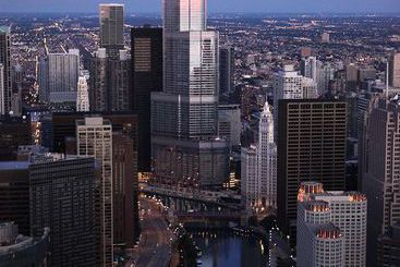 Trump International Hotel & Tower - Chicago