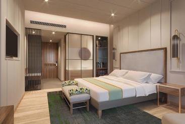 Holiday Inn Goa Candolim - Goa