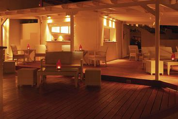 Nissaki Beach Hotel - נאקסוס