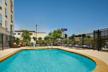 Hilton Garden Inn Austin North - Austin