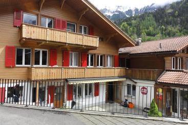 Valley Hostel - Lauterbrunnen