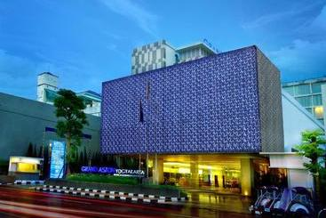 Grand Aston  & Convention Center Yogyakarta - ?????????