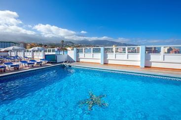 Swimming pool Hotel Magec Puerto de la Cruz