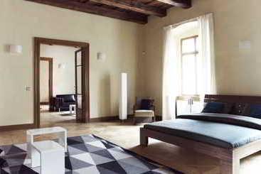 Hotel liliova prague old town en praga destinia for Royal boutique residence prague tripadvisor