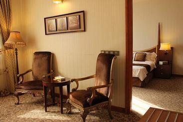 Darvishi Royal Hotel - Mashhad